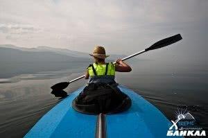 Travel on kayaks